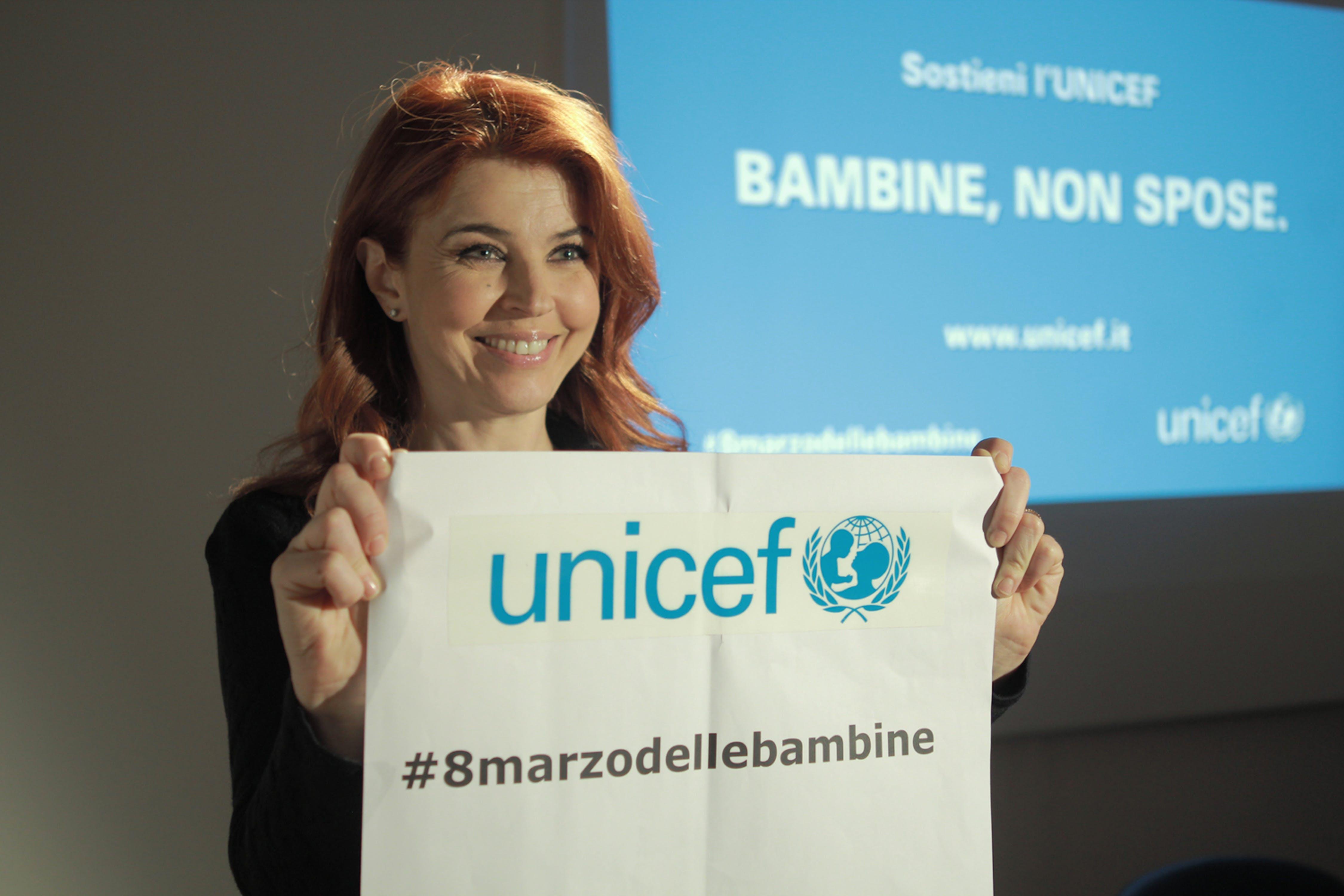 Paola Saluzzi, testimonial per l'iniziativa dell'UNICEF Italia ''Bambine non spose''