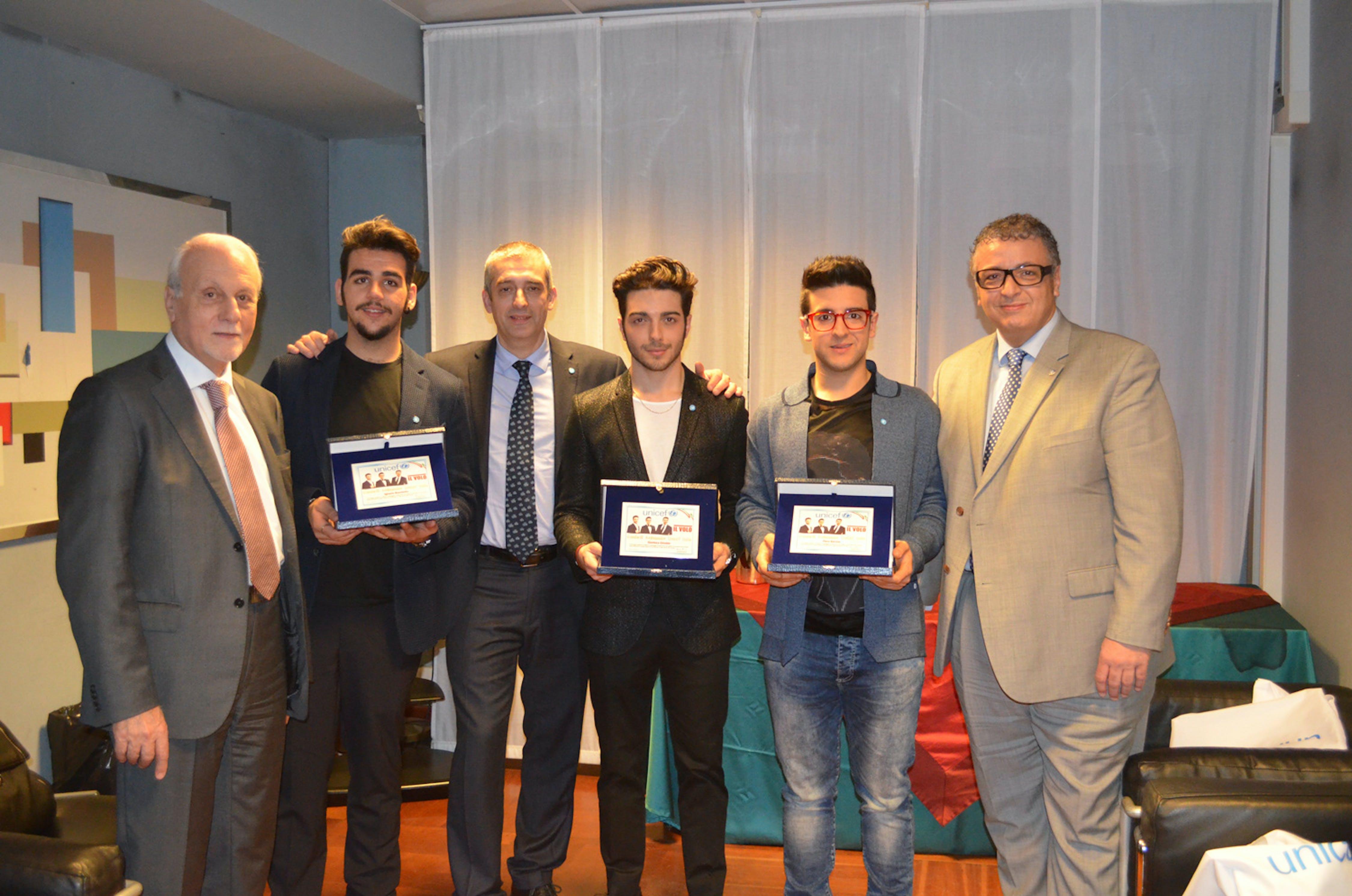 Il presidente dell'UNICEF Italia Giacomo Guerrera nomina il trio