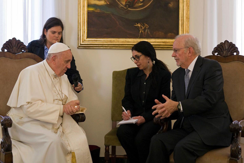 Un momento dell'incontro tra Papa Francesco e Anthony Lake (direttore UNICEF) alla Casa Santa Marta in Roma - ©UNICEF/NYHQ2015-0956/Giovanni Diffidenti