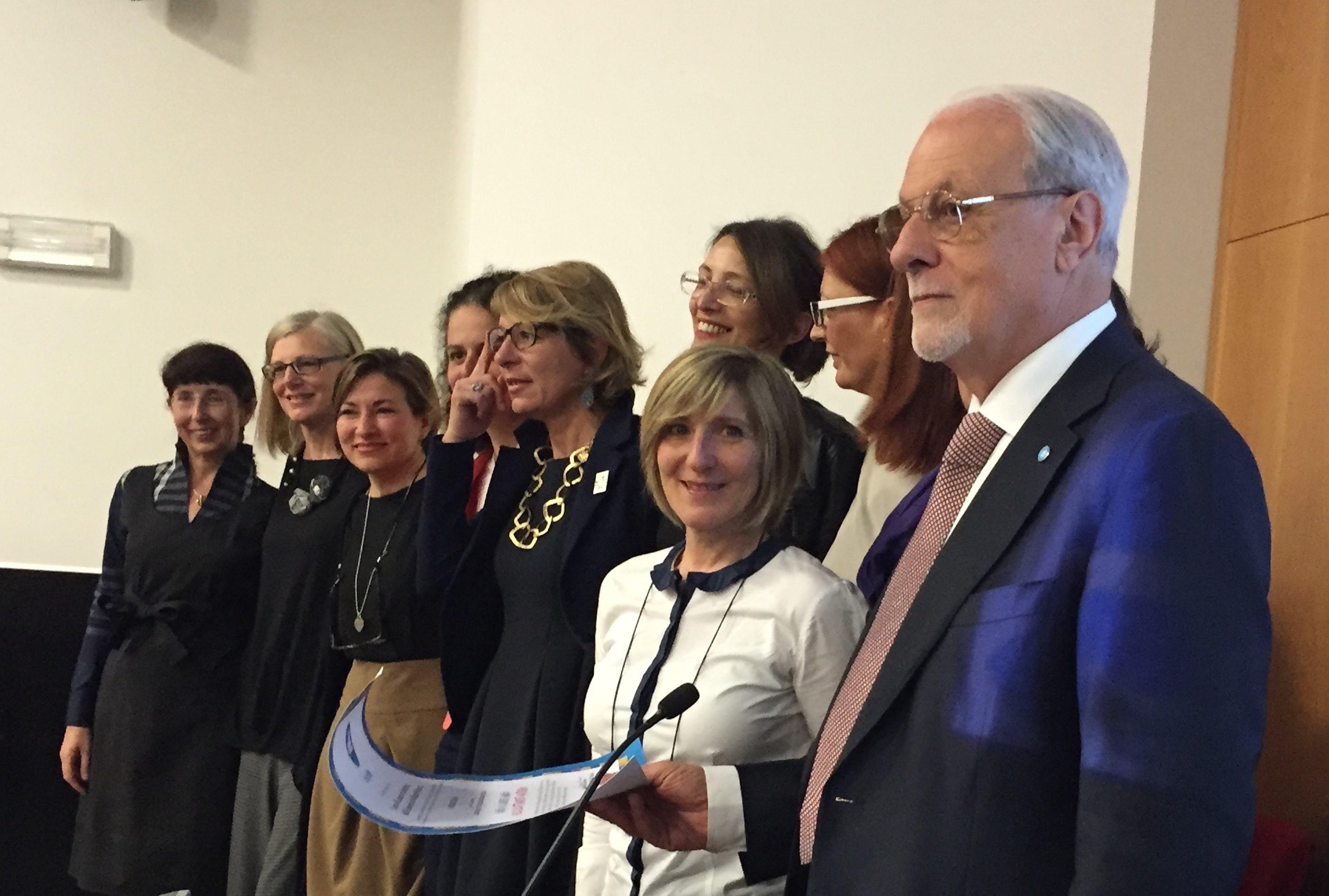 Il presidente dell'UNICEF Italia Giacomo Guerrera alla chiusura del Corso di Ostetricia di Milano-Bicocca - ©UNICEF Italia/2015/Elise Chapin