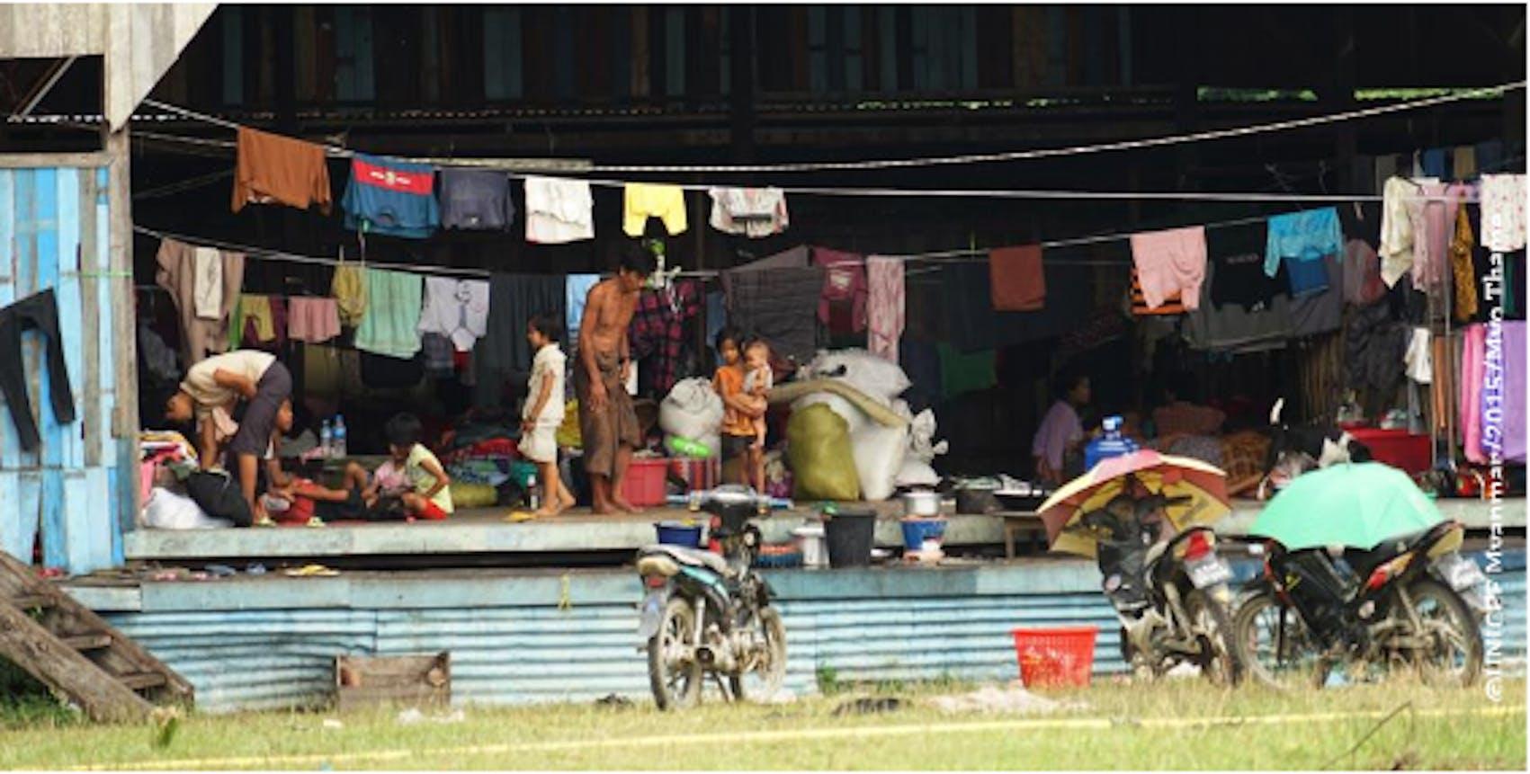 ©UNICEF Myanmar/2015/Myn Thame