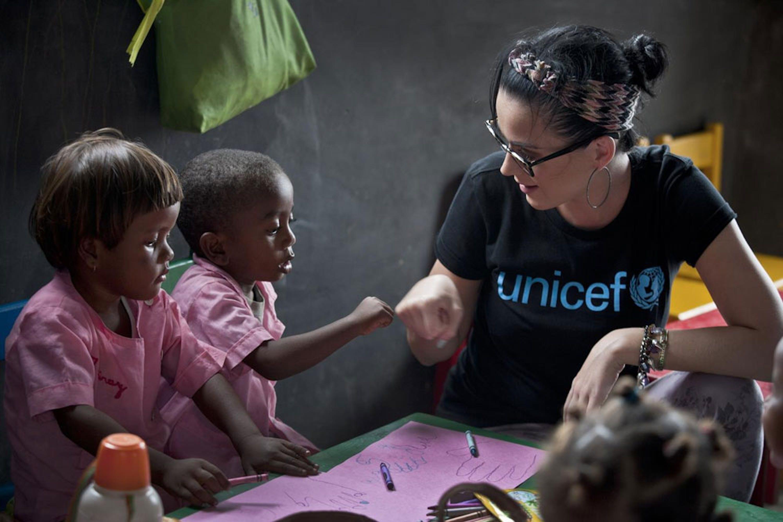 Katy Perry, testimonial del lancio della partnership UNICEF-Nickelodeon - ©UNICEF/UNI139470/Holt