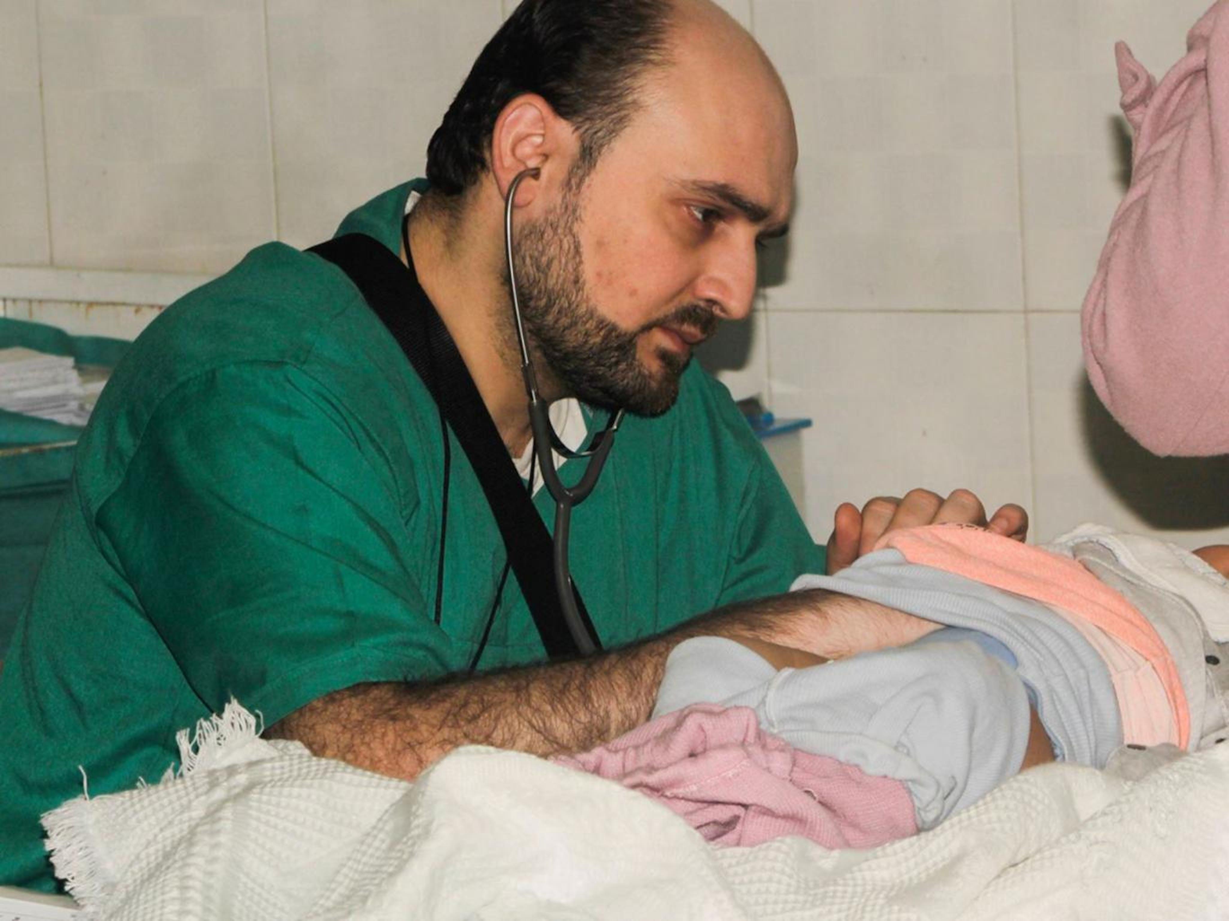 Muhammad Waseem Maaz, l'ultimo pediatra di Aleppo, rimasto ucciso nel bombardamento dell'ospedale Al Quds di Aleppo