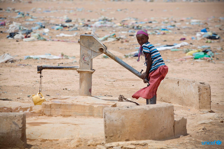 © UNICEF/UNI165235/Holt