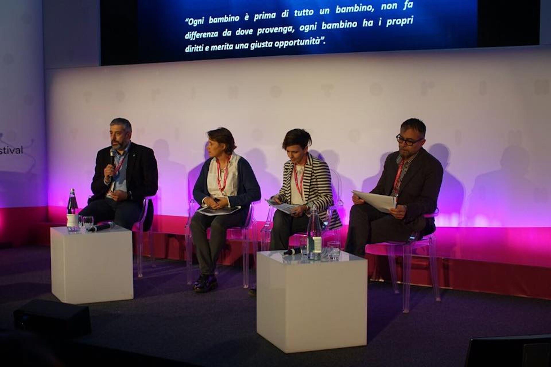 Da sin.: Paolo Rozera (UNICEF Italia), Anne-Sophie Vanhollebeke (Cartoon Italia), Alessandra Valente (autrice) e Maurizio Forestieri (ASIFA)
