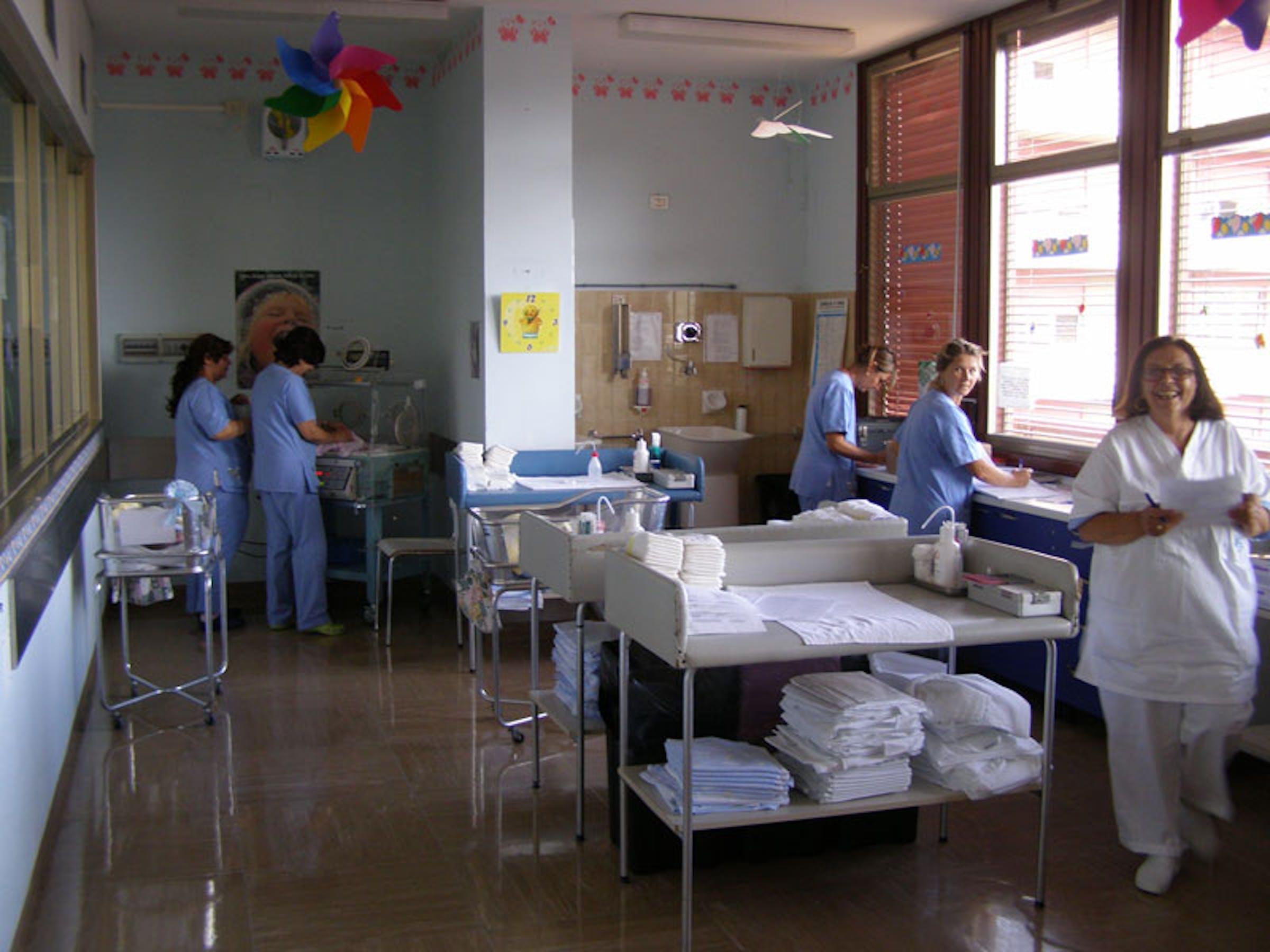 Il nido del reparto Neonatologia e Pediatria dell'ospedale
