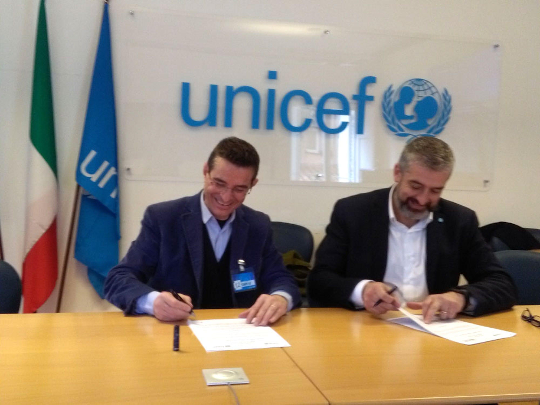 Da sin.: Luigino Pirola (Presidente AIAPP) e Paolo Rozera (Direttore generale UNICEF Italia) - ©UNICEF Italia/2018/F.Aguiari