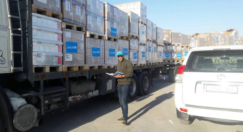 Il convoglio umanitario UNICEF con aiuti sanitari per oltre 100.000 abitanti della Striscia di Gaza - ©UNICEF Palestina/2018