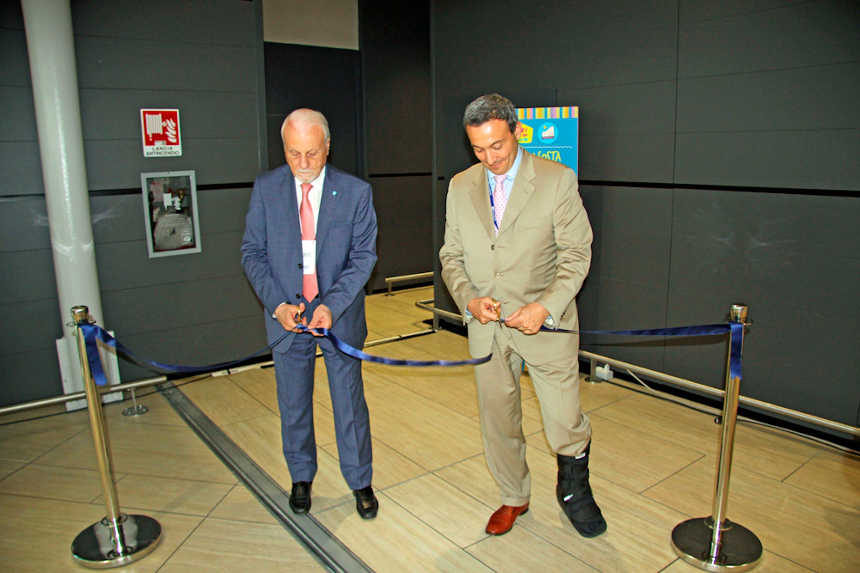 L' Amministratore Delegato di ADR Ugo de Carolis e il presidente dell'Unicef Guerrera inaugurano il nuovo baby Pit Stop dell'Aeroporto di Fiumicino
