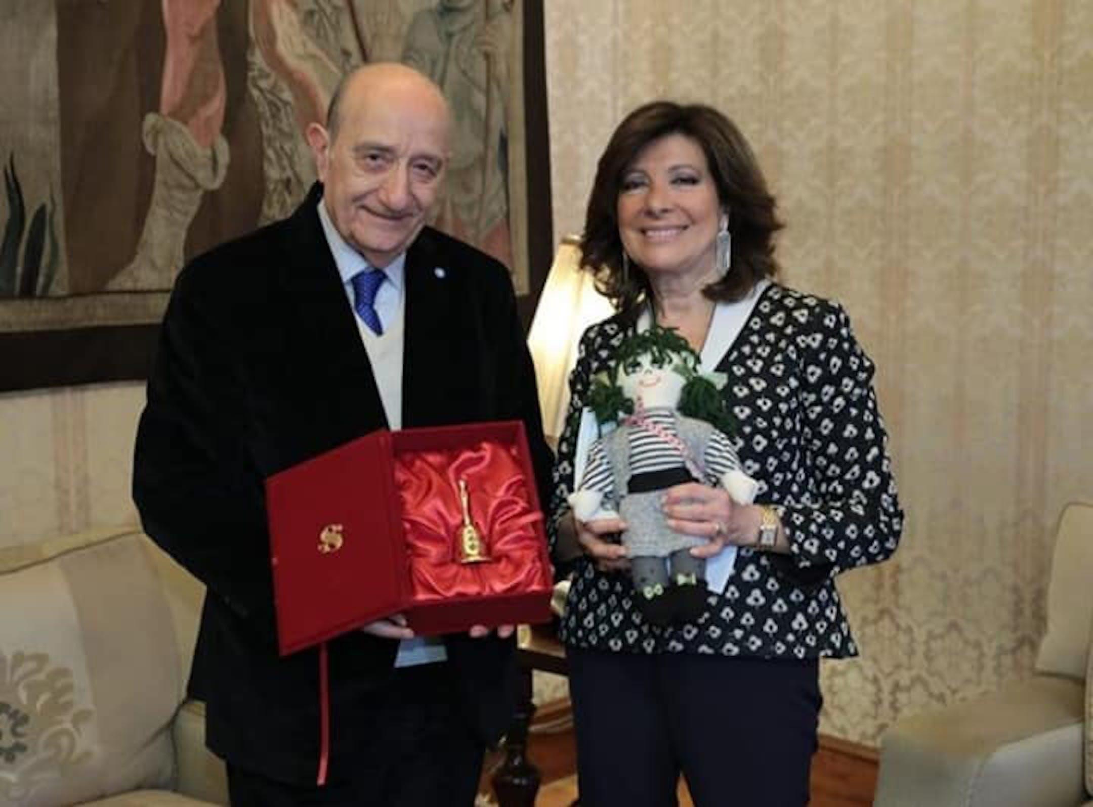 La Presidente del Senato Alberti Casellati con il Presidente dell'UNICEF Italia F. Samengo - ©Senato della Repubblica