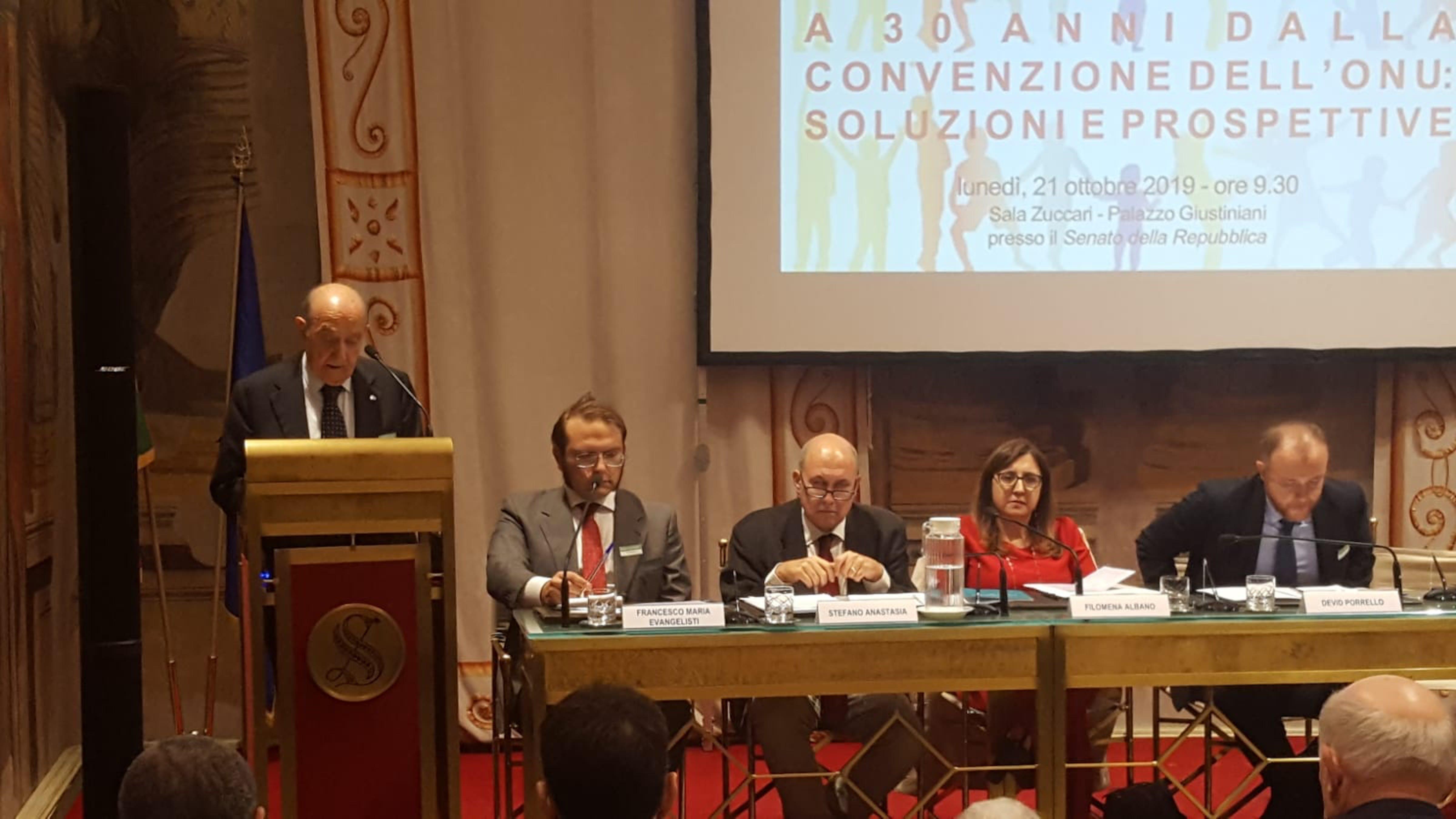 Un momento dell'intervento del presidente dell'UNICEF Italia Francesco Samengo al convegno sul trentennale della Convenzione sui diritti dell'infanzia al Senato - ©UNICEF Italia/2019/L.Bellini
