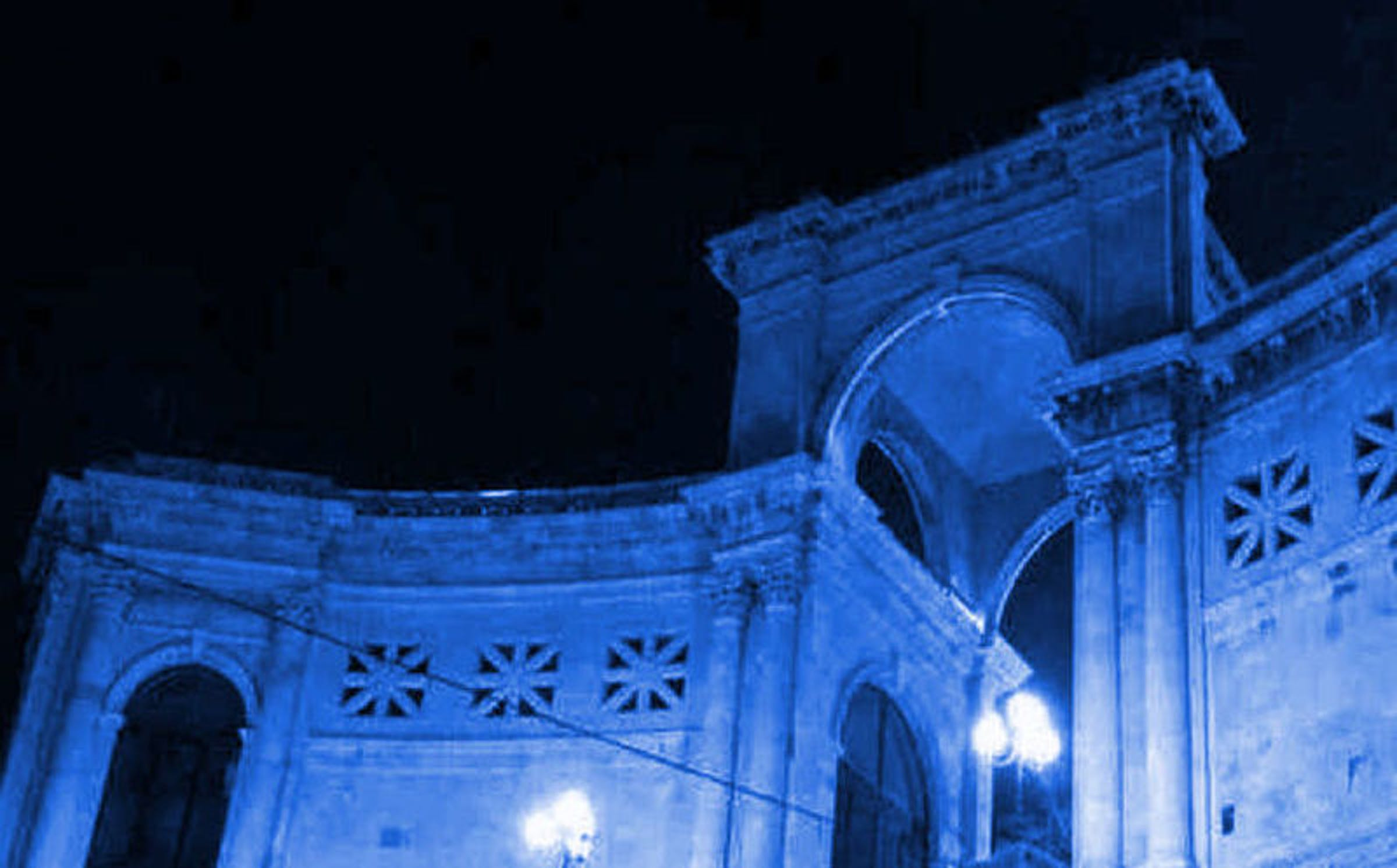 Il Bastione di Saint Remy di Cagliari illuminato in occasione del
