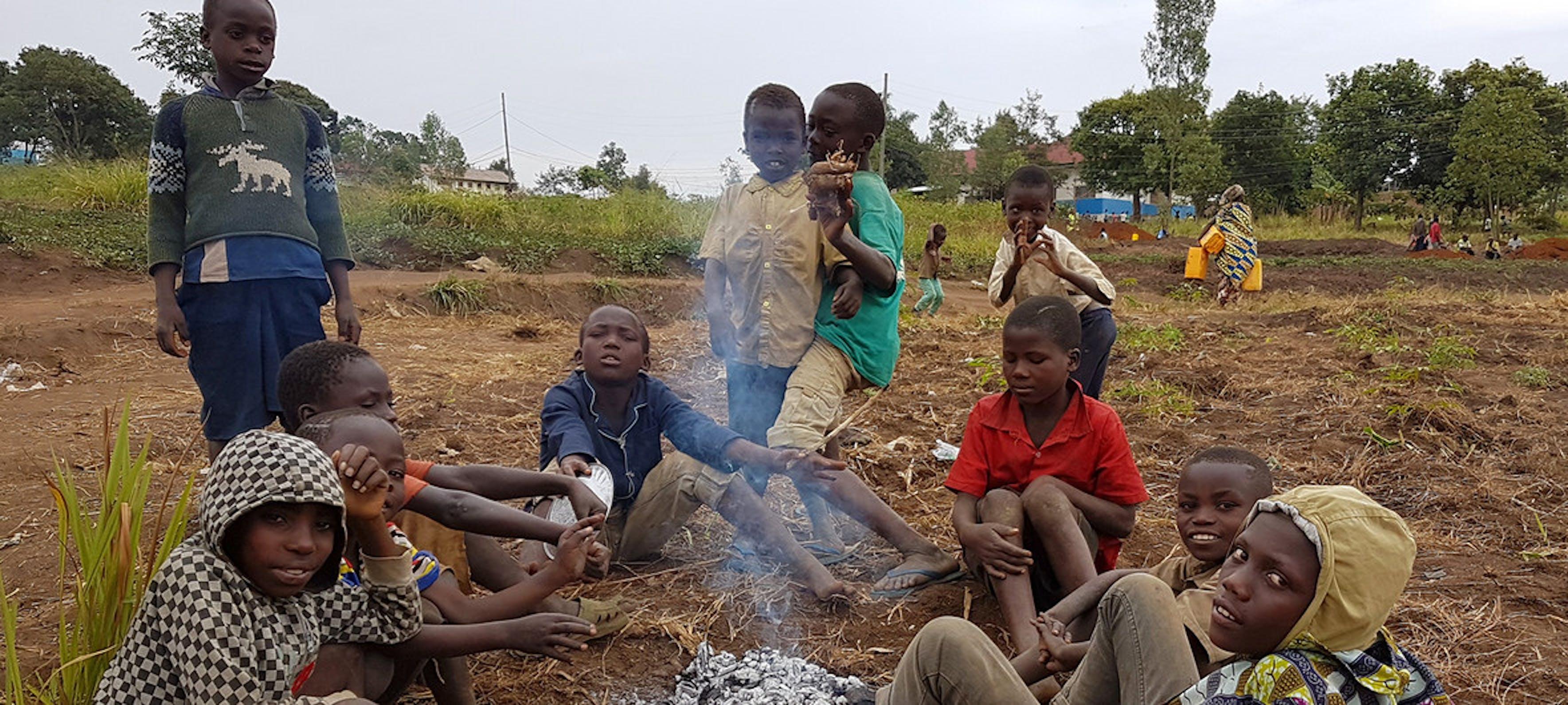 Bambini sfollati dalle violenze in corso nella provincia dell'Ituri, nell'est della Repubblica Democratica del Congo - © UNICEF/Madjiangar