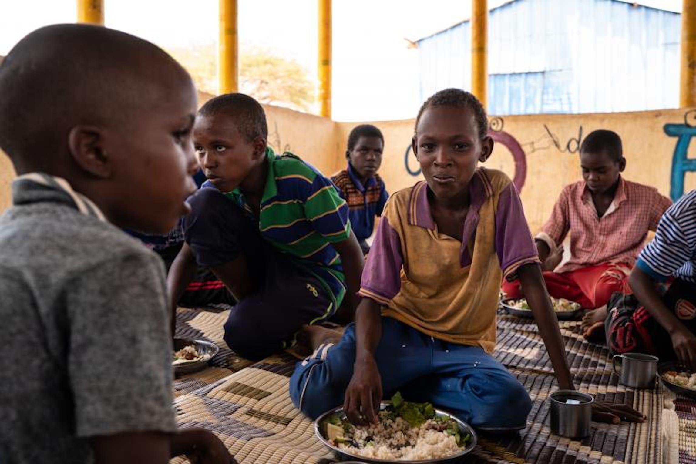© UNICEF/UN0307575/Knowles-Coursin