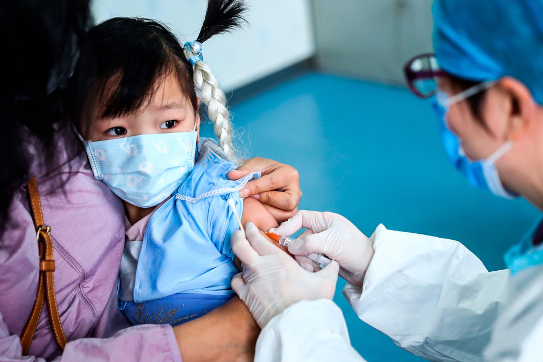 L'UNICEF alla guida delle operazioni per garantire il futuro vaccino anti-COVID  ai paesi poveri | UNICEF Italia