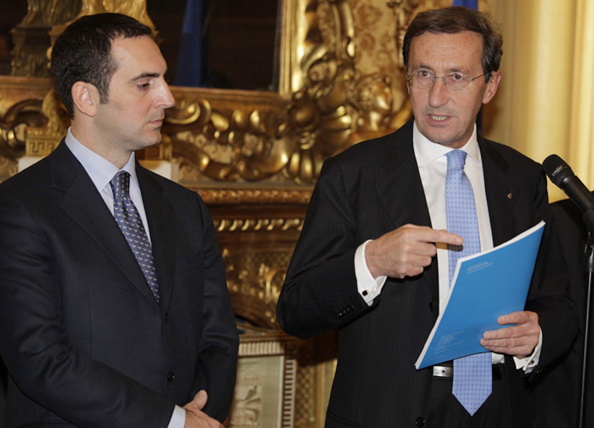 Il presidente della Camera Gianfranco Fini e il presidente dell'UNICEF Italia Vincenzo Spadafora - ©UNICEF Italia/2010/A.Longobardi