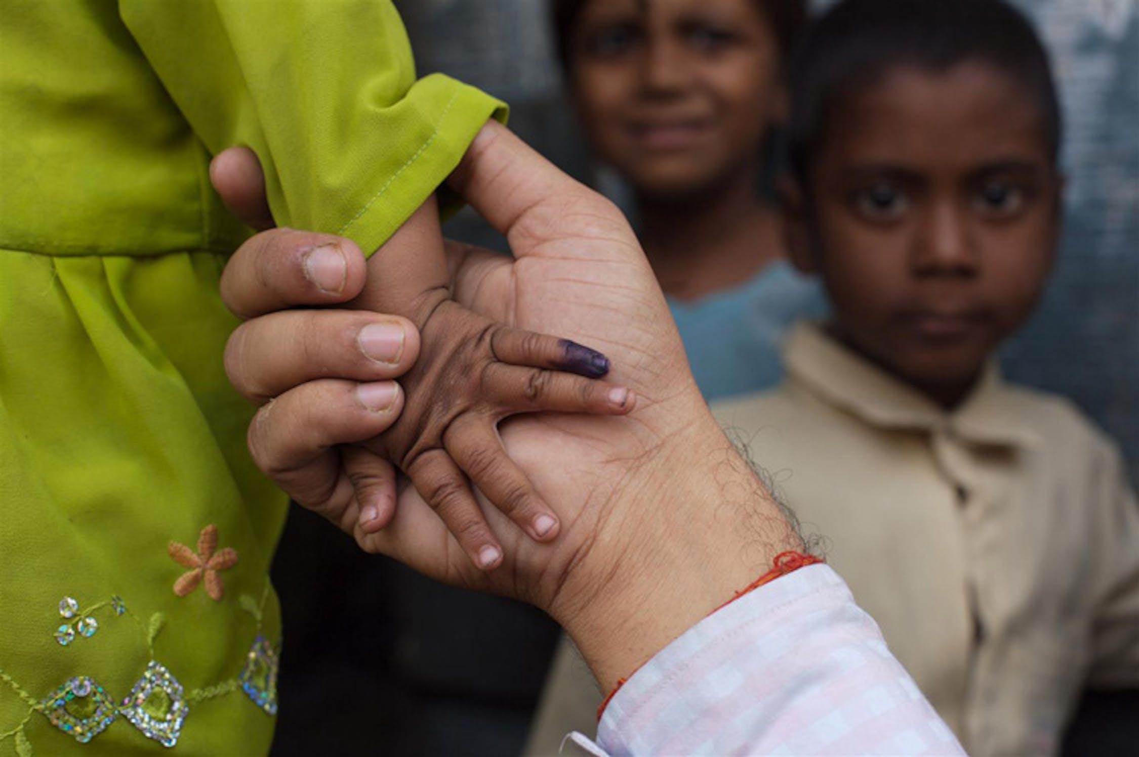 India - ©UNICEF/NYHQ2006-2649/Pietrasik