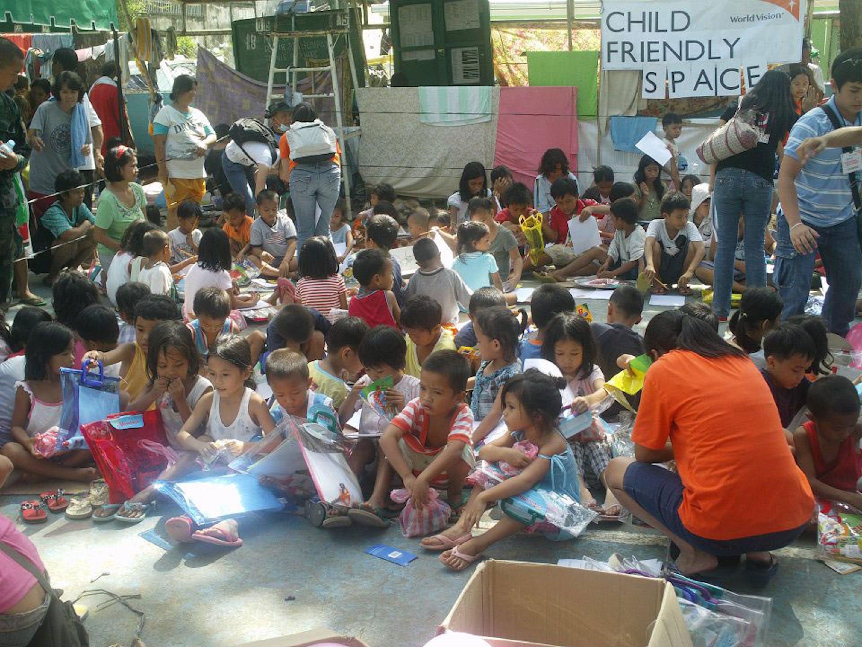 Un ''Child Friendly Space'' allestito in un sobborgo di Cagayan de Oro per i piccoli sfollati - Foto dell'autore dell'articolo