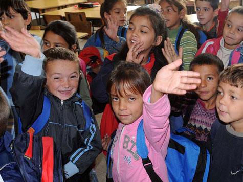Minori Rom in una scuola di Podgorica, capitale del Montenegro - ©UNICEF Montenegro/Risto Bozovic