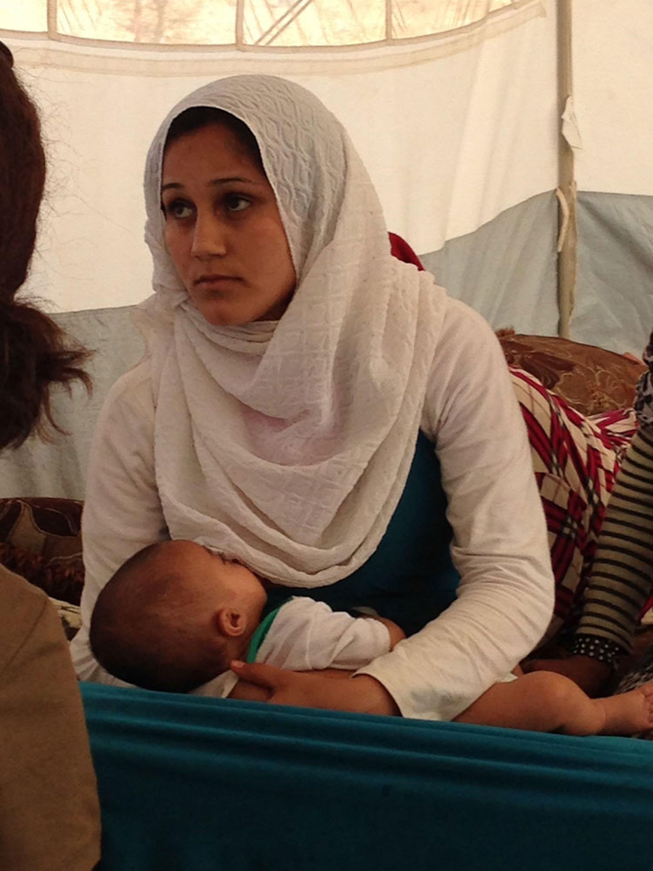 Uno dei tanti bambini che nascono ogni mese nel campo di Za'atari ed entrano a far parte della nuova generazione di siriani che stanno crescendo senza avere mai conosciuto la Siria - ©UNICEF Italia/2015