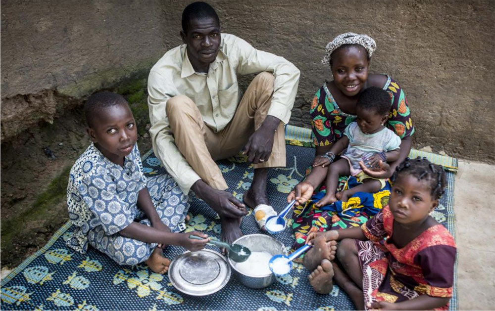 La regione di Sikasso, dove vive la famiglia di Alimatou, è considerata il granaio del Mali, ma registra i valori di malnutrizione cronica più alti del paese - © UNICEF Mali/2019/Keita