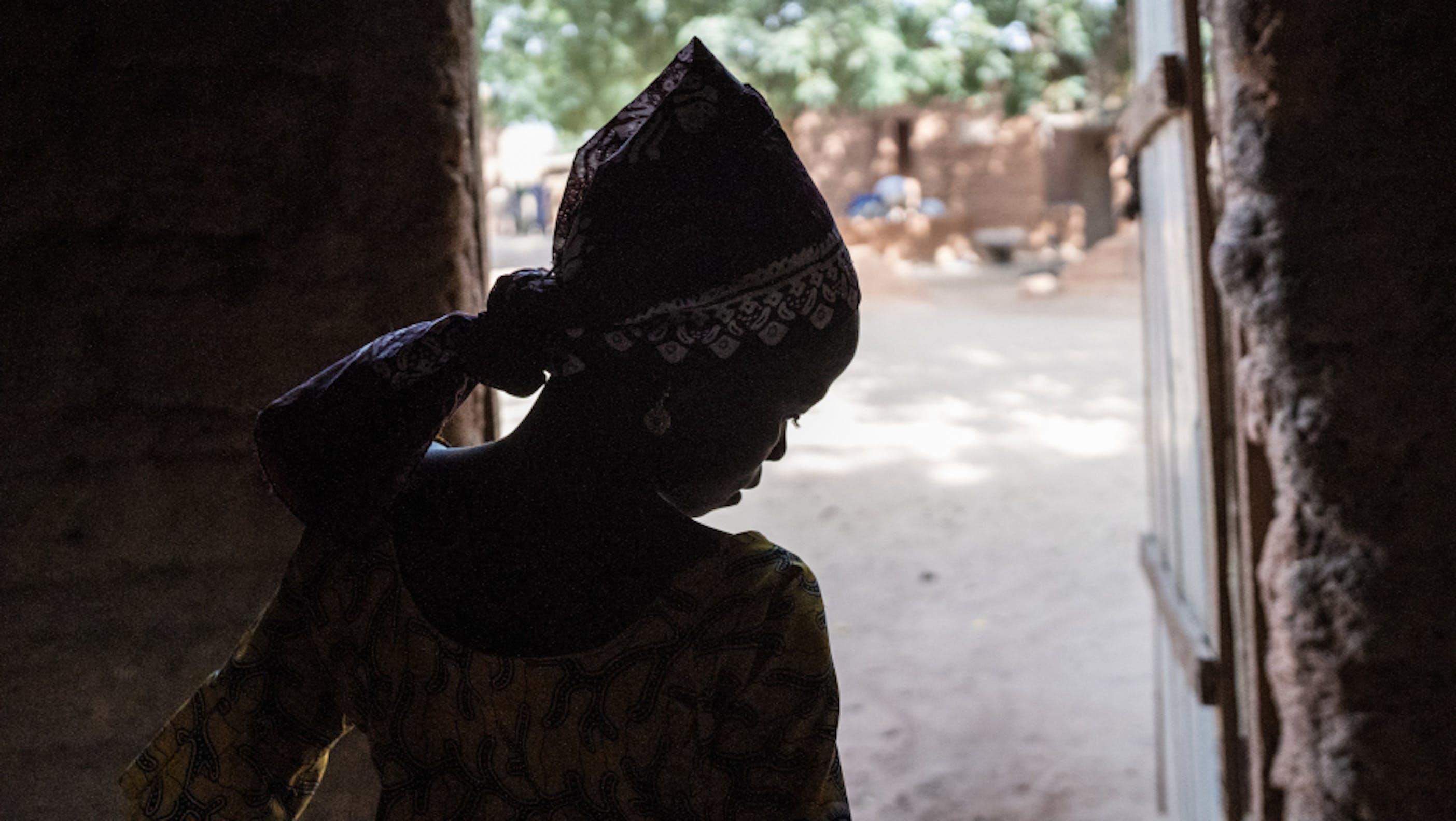 Adia, 9 anni, è una degli oltre 40mila rifugiati fuggiti dalla Nigeria verso il Niger in fuga da violenze estreme.