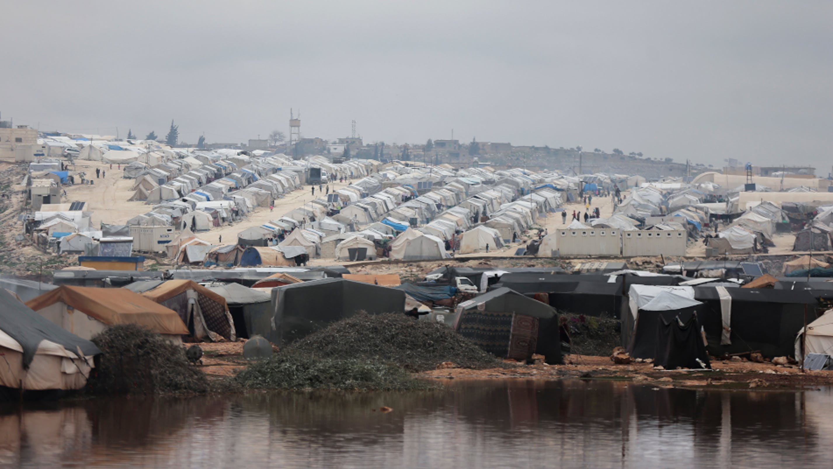 campo Idlib Kafr, piogge