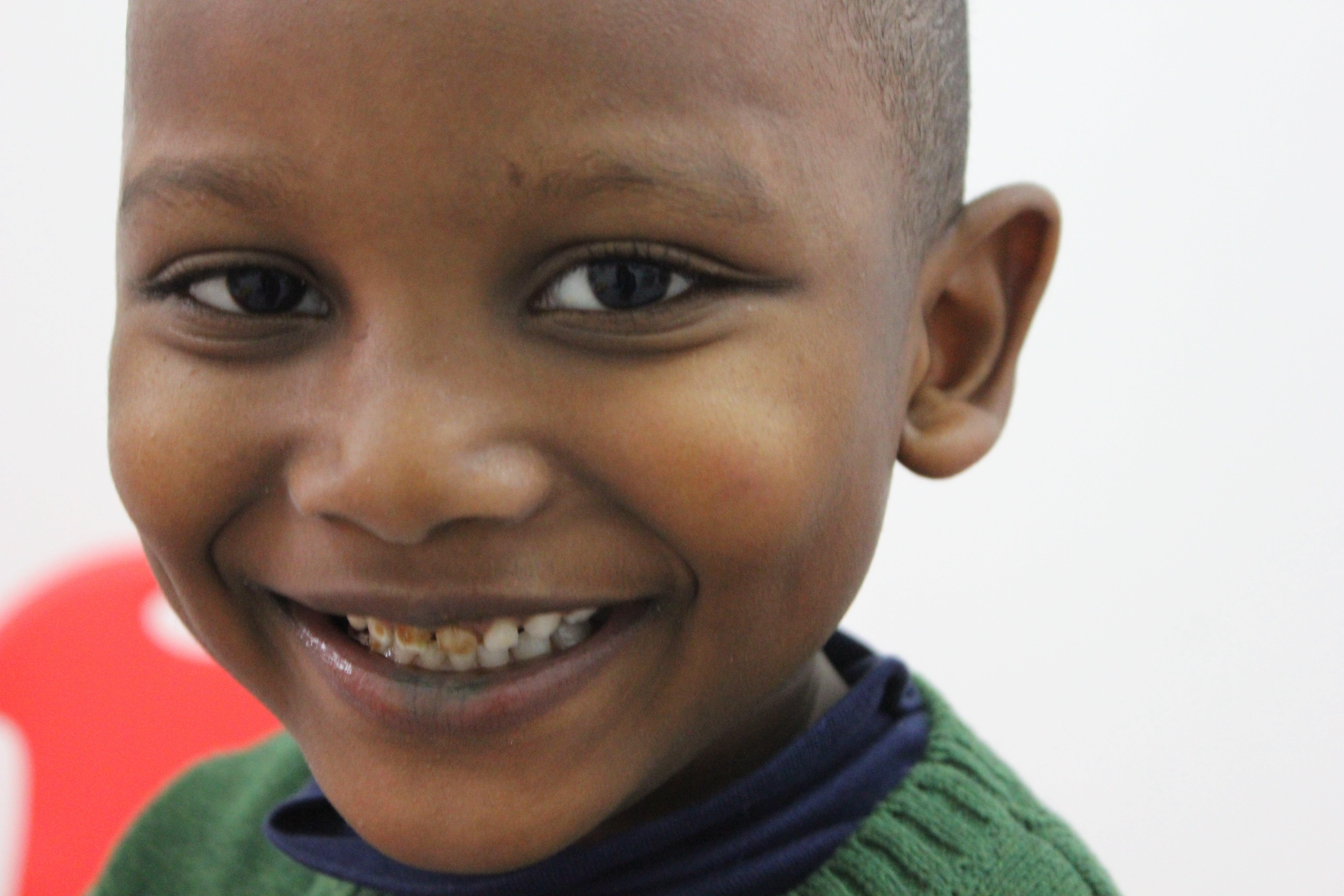 Il piccolo Amari nello spazio bimbi del Women and Girls Safe Space
