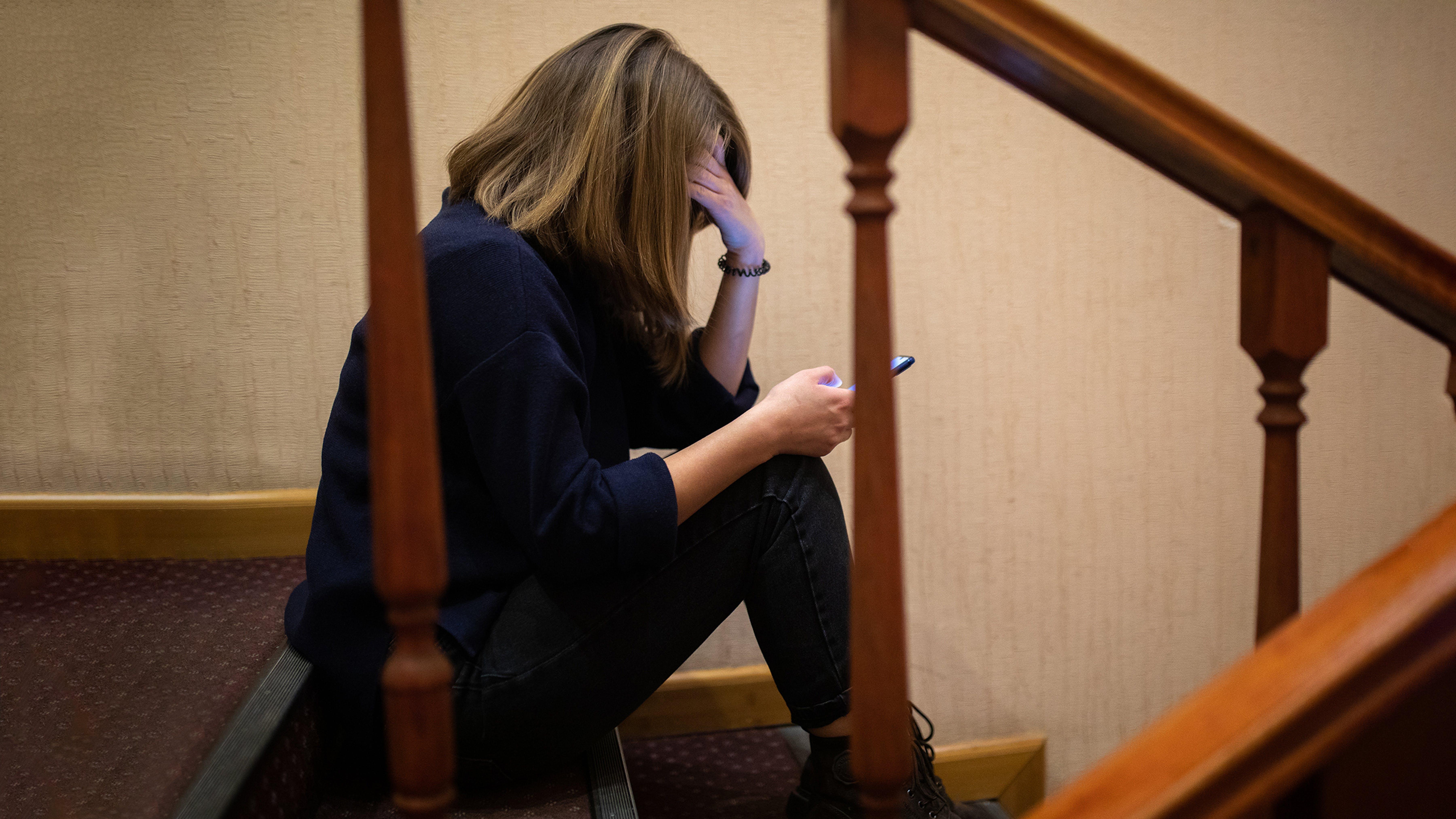 ucraina, violenza domestica, adolescenti