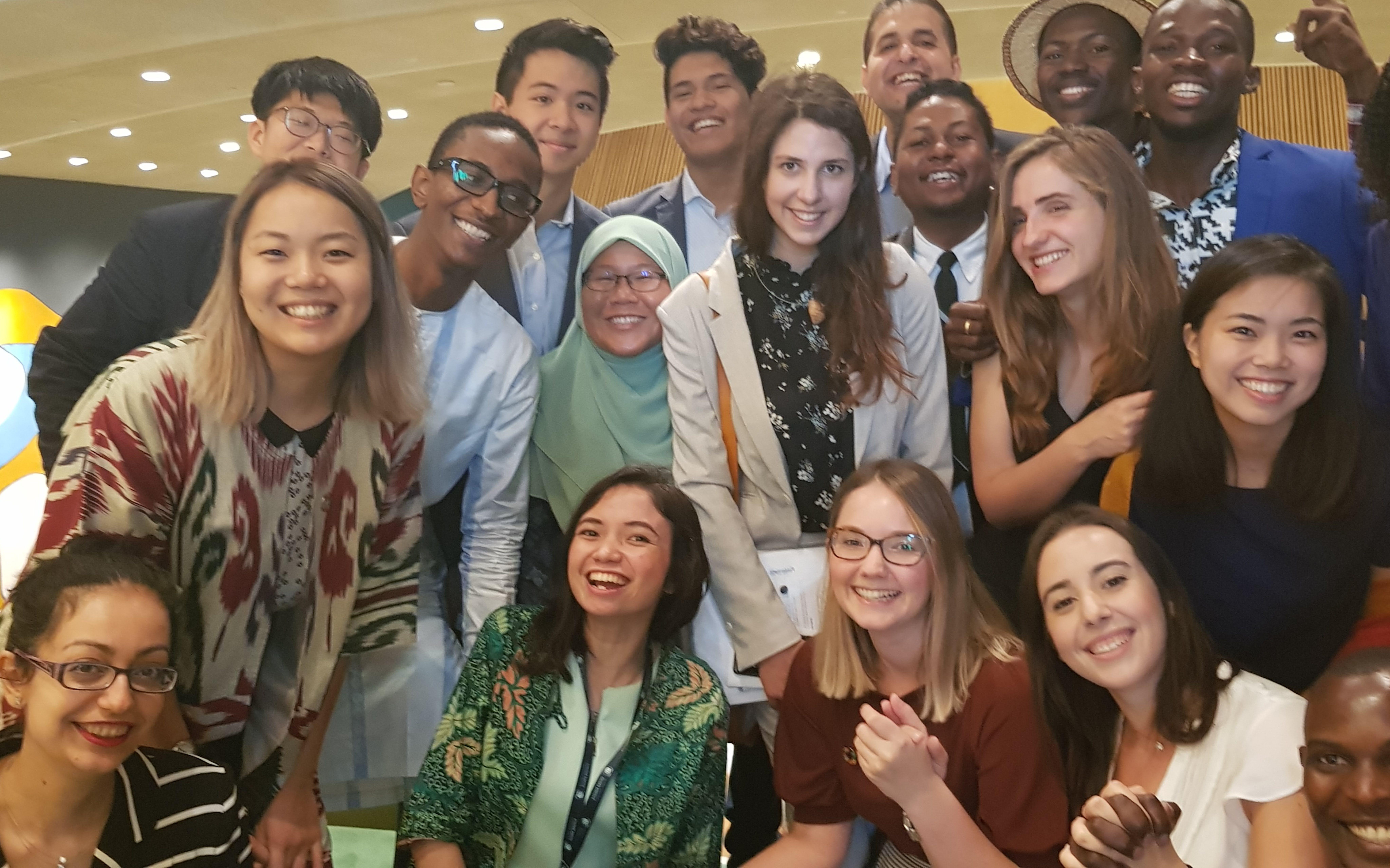 Federica Gasbarro e altri giovani attivisti presenti al Summit del 2019 per il Clima