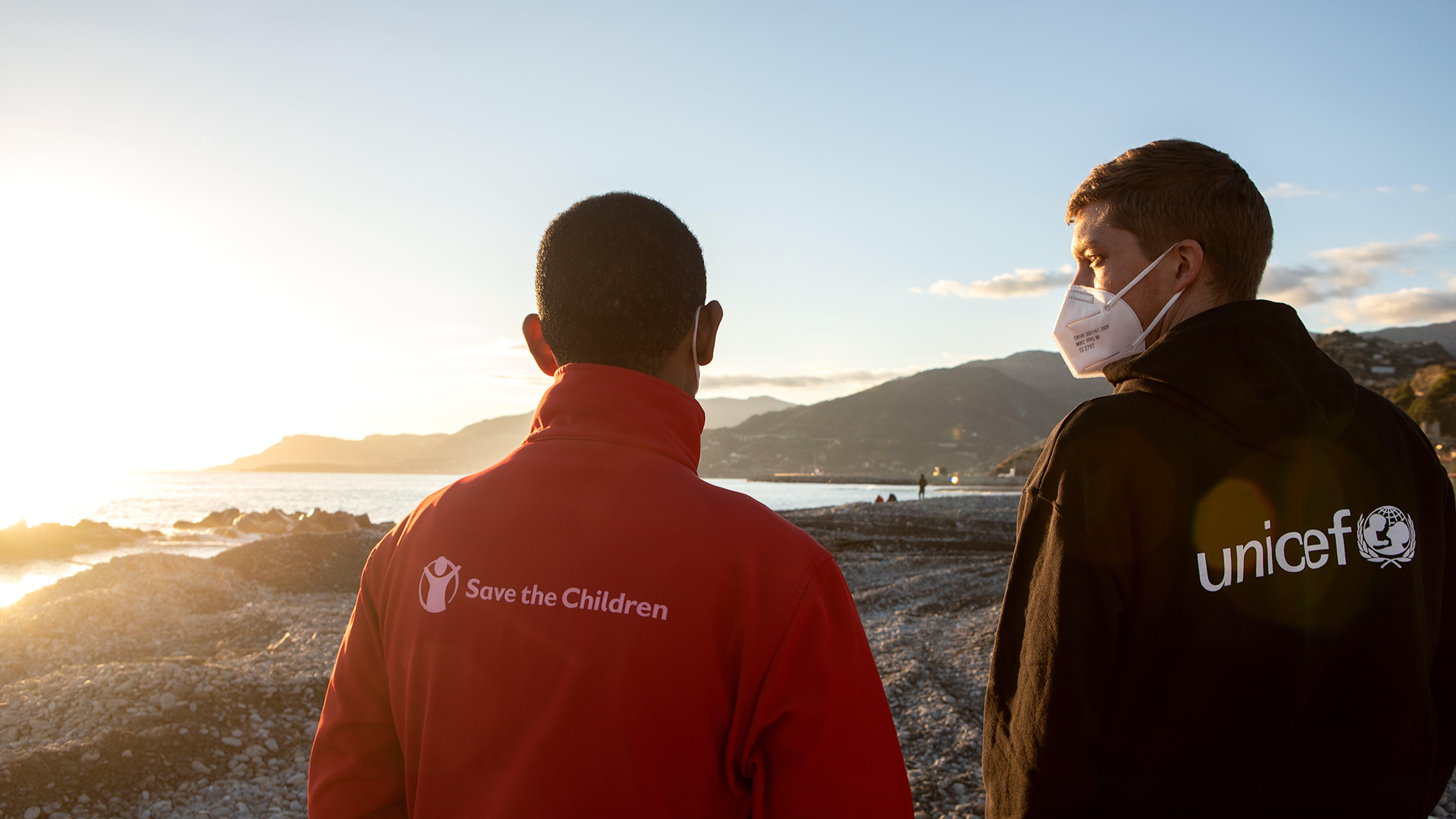 Il lavoro di UNICEF e Save the Children a Lampedusa e Ventimiglia