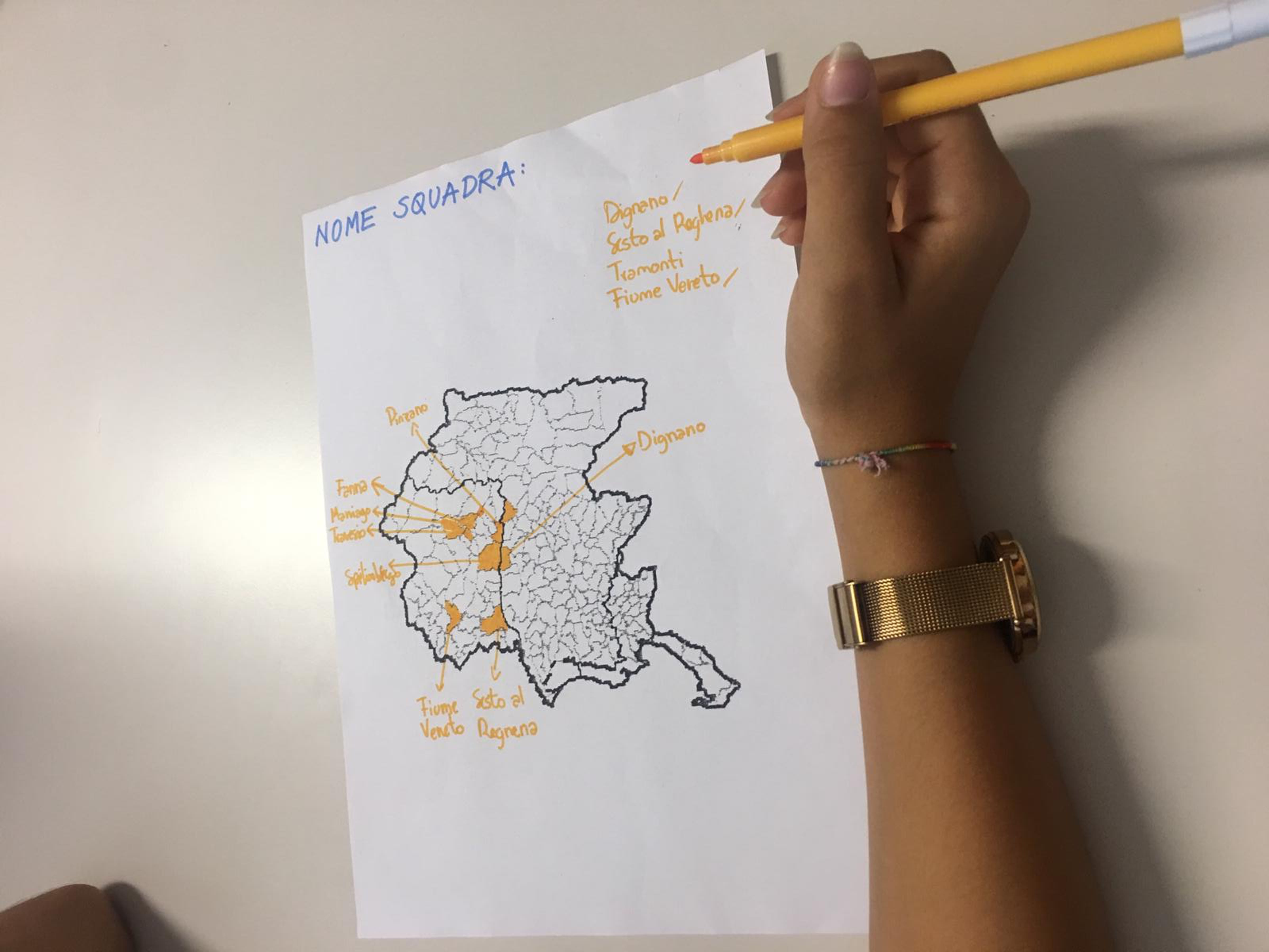 IIS il Tagliamento, una ragazza elabora la propria mappa