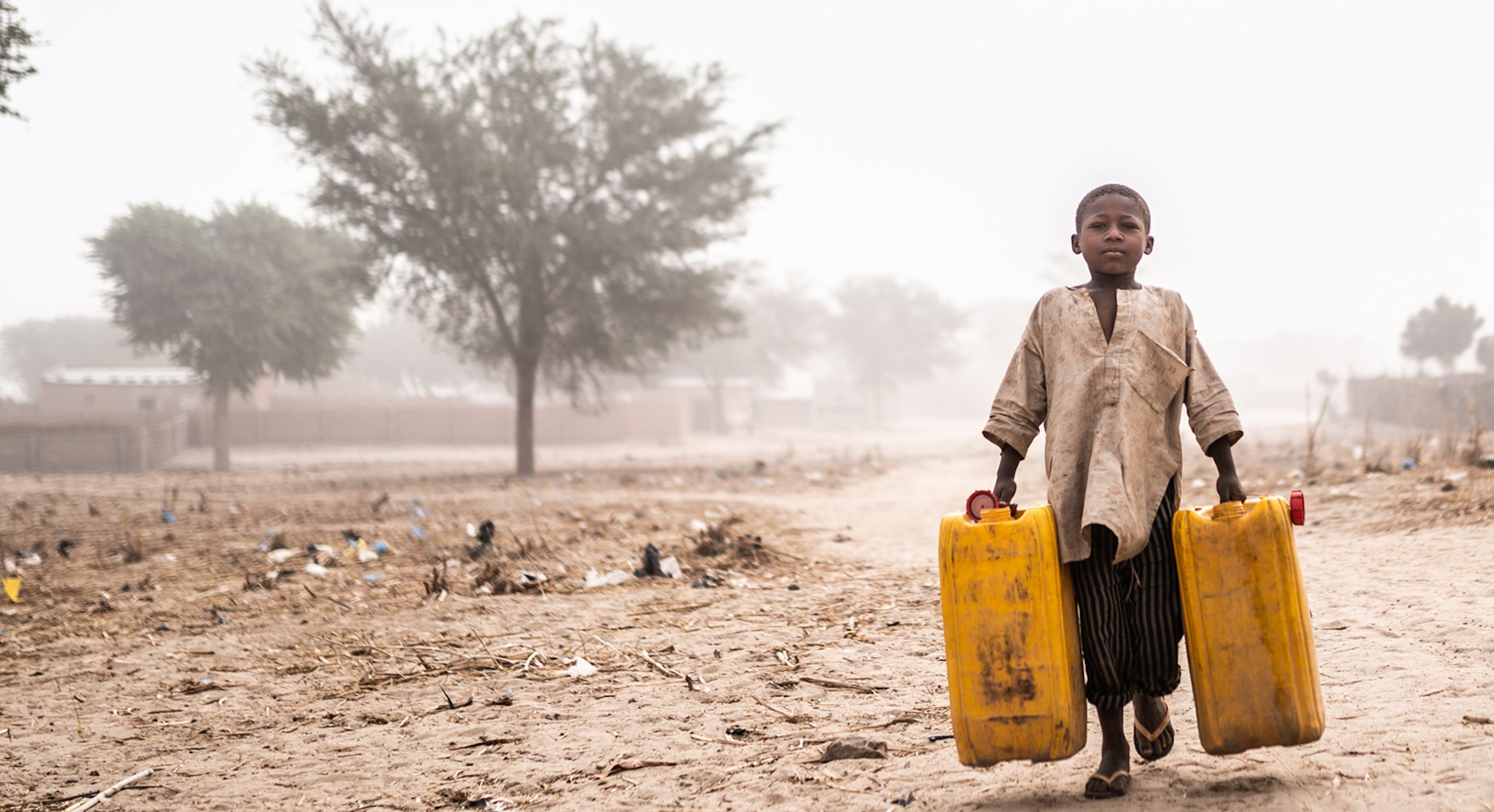 Senza acqua si muore aiutaci a portare acqua dove non c'è