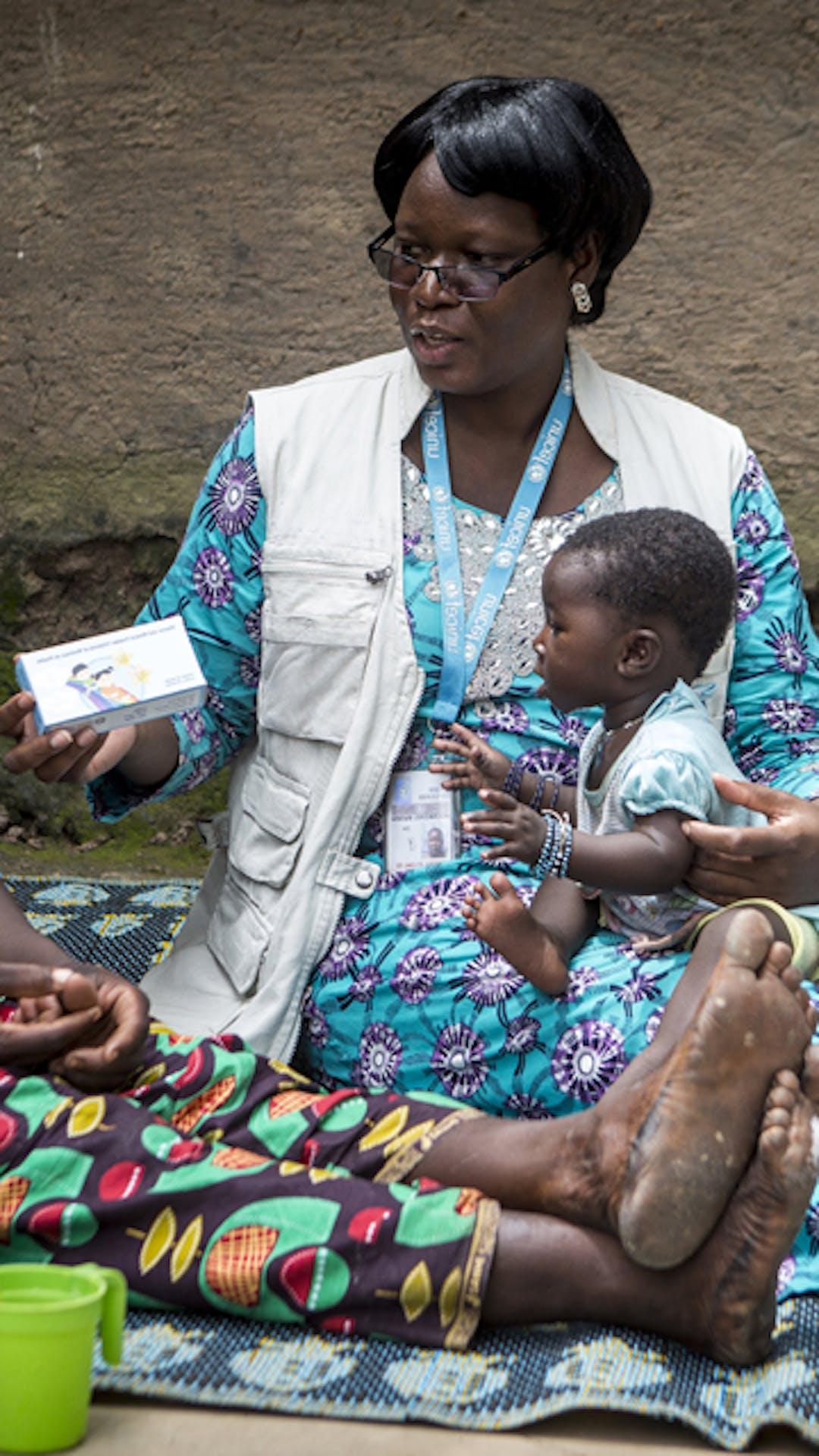 Fai crescere i bambini sani e forti, dona i micronutrienti