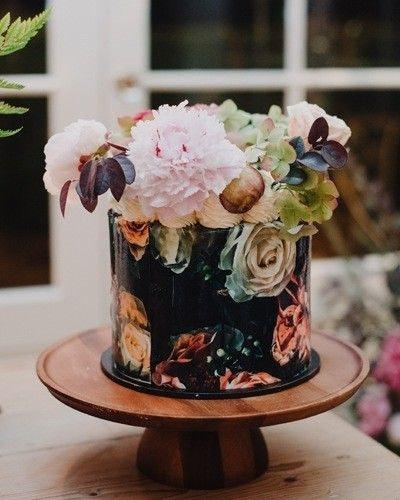 One Layer Multi Colour Cake