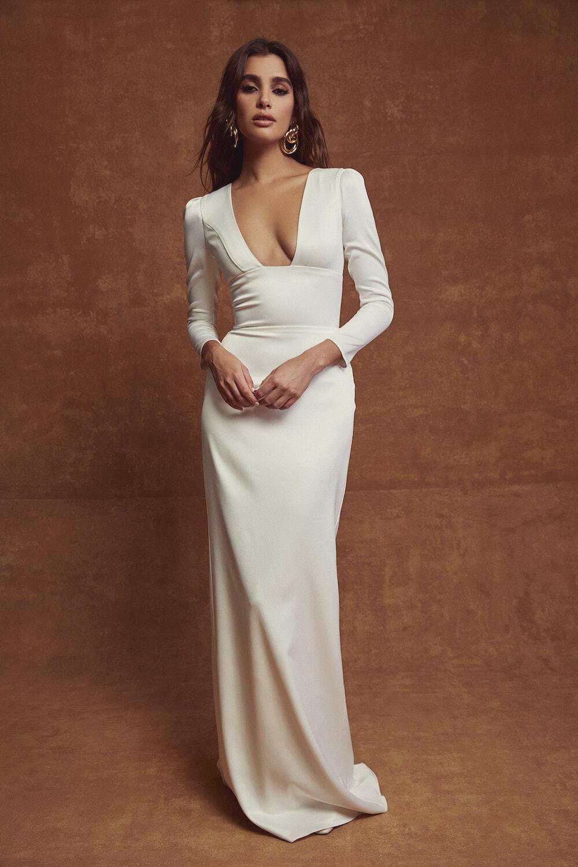 Simple wedding gown, straight bias cut