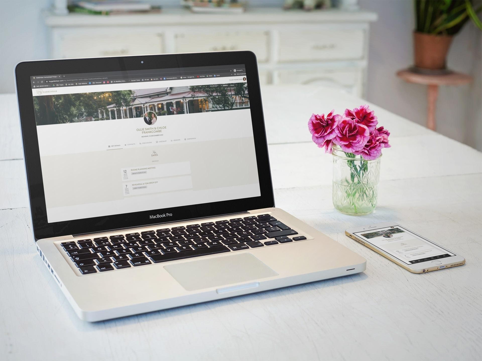 Mygabbinbar portal on computer