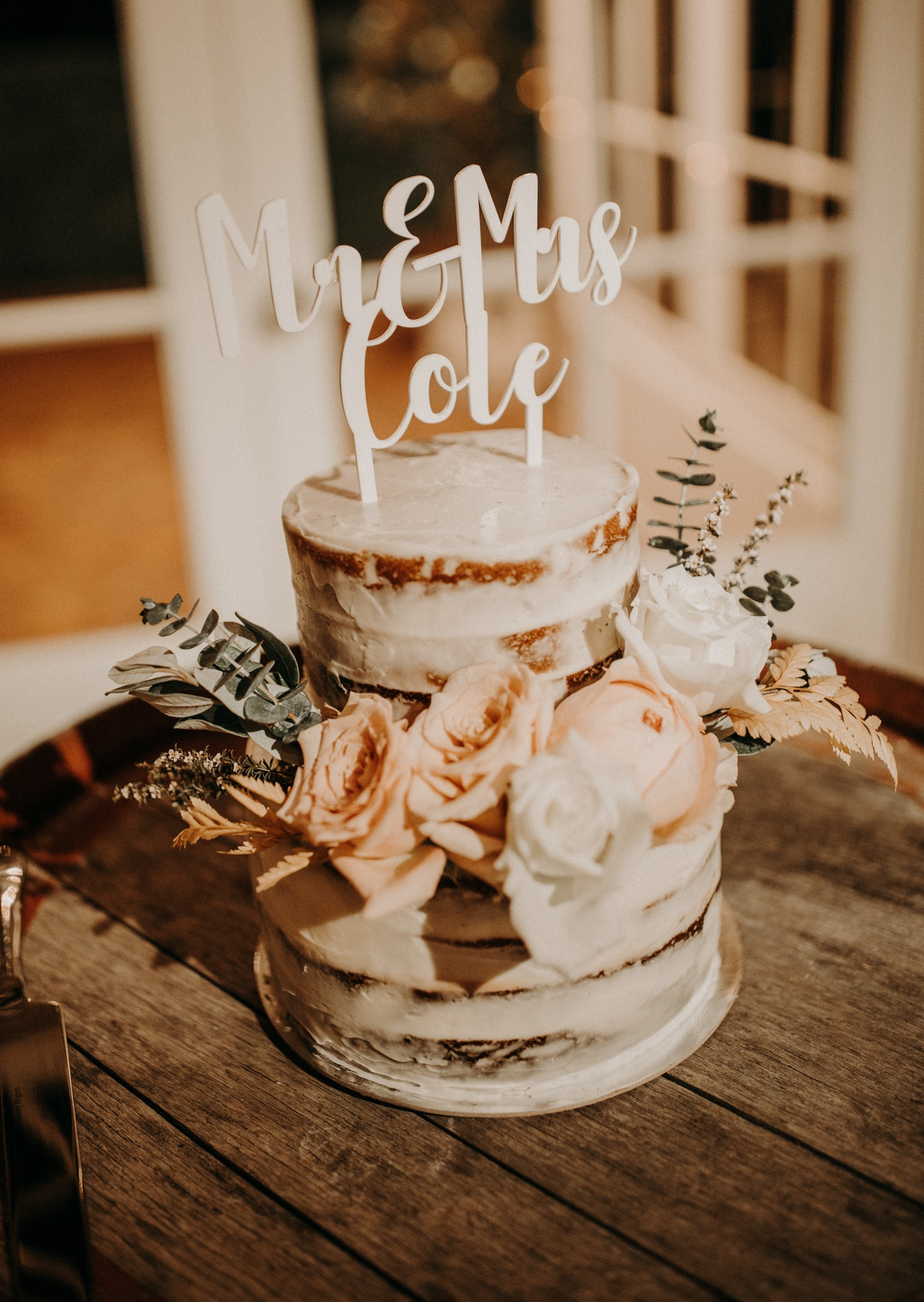 Wedding Cake with floral decorations