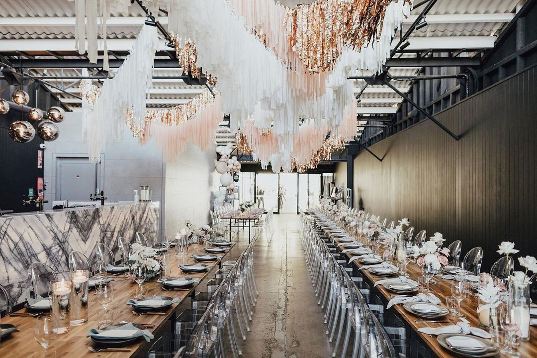 Reception space with balloons and garlands