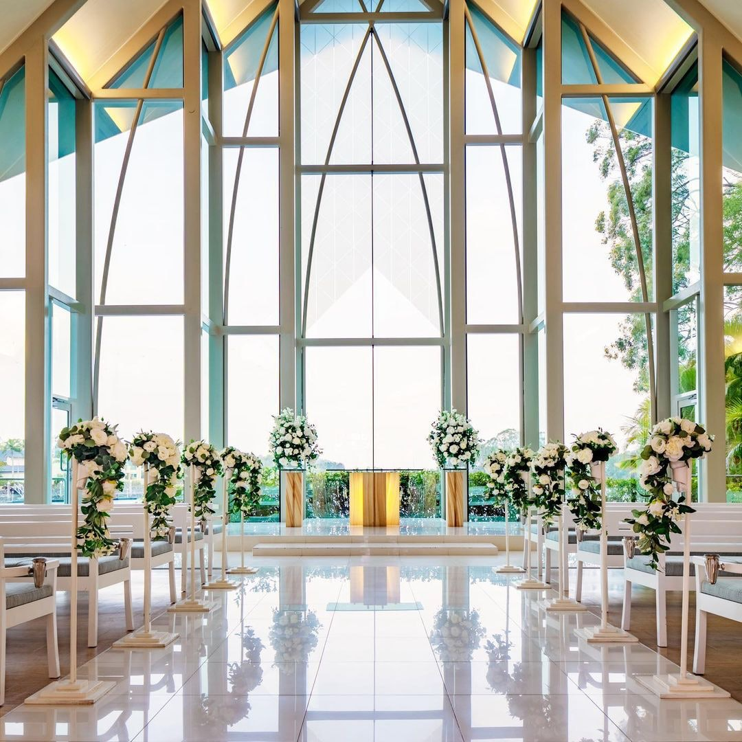 Glass ceiling ceremony chappel