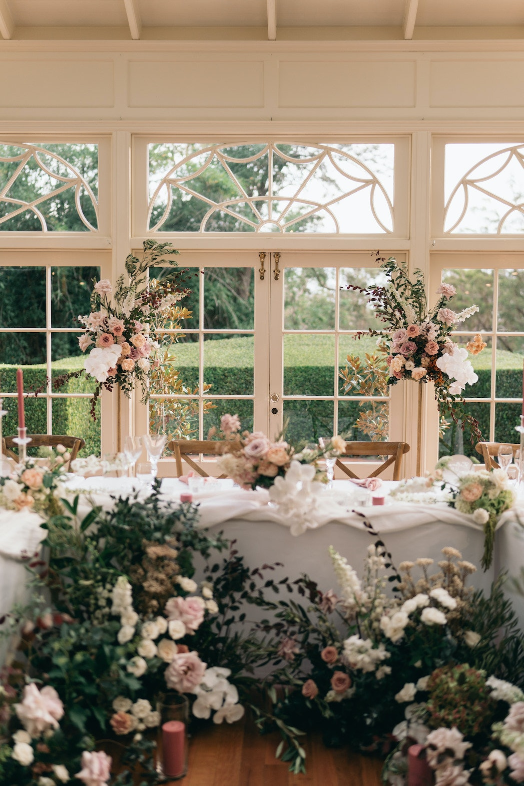 Bridal table with flowers in front