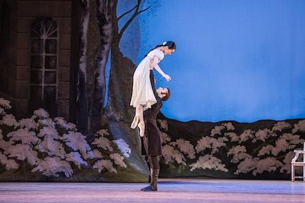Balet ND - Oněgin | Moho Ogimoto, Giovanni Rotolo - foto: Serghei Gherciu