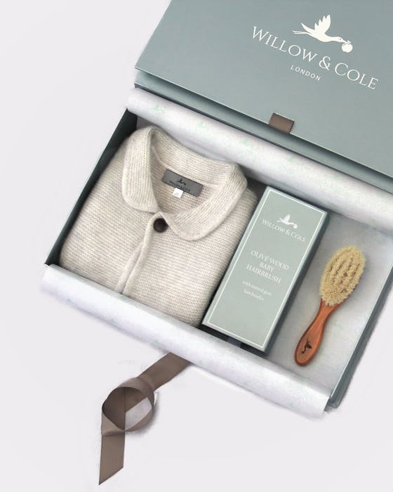Cashmere cardigan and brush gift set