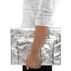 UASHMAMA Maru Clutch Small Metallic Metallic Silver