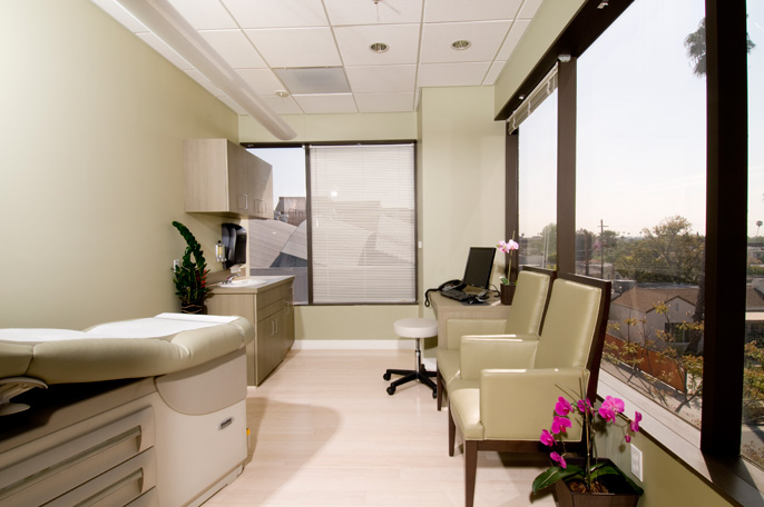 Beverly Hills Cancer Center Examination Rooms