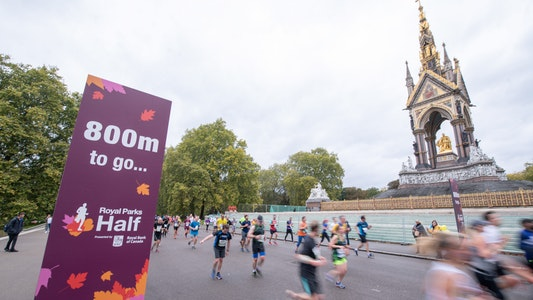 800m left to go on the course by The Albert Memorial (RB Create image)