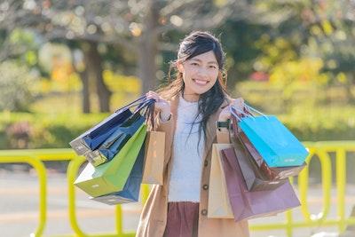 Tags: human, shopping, person