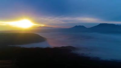 Tags: nature, outdoors, light, flare, sky, sunrise, sun, mountain