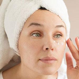 JUVA Skin & Laser Center Blog | Loose Neck Skin Treatment Using Evoke with Dr. Katz