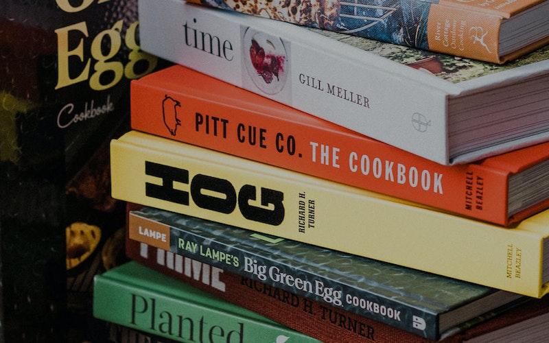 Big Green Egg Gifts & Books